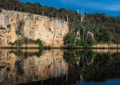 Derwent River, courtesy Tourism Tasmania & Rob Burnett